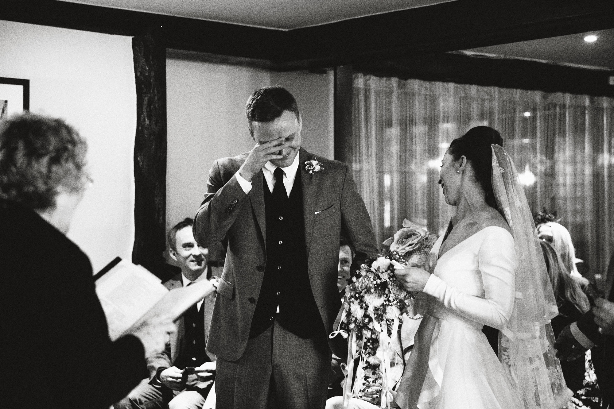 the-george-inn-alfriston-wedding-40-of-124