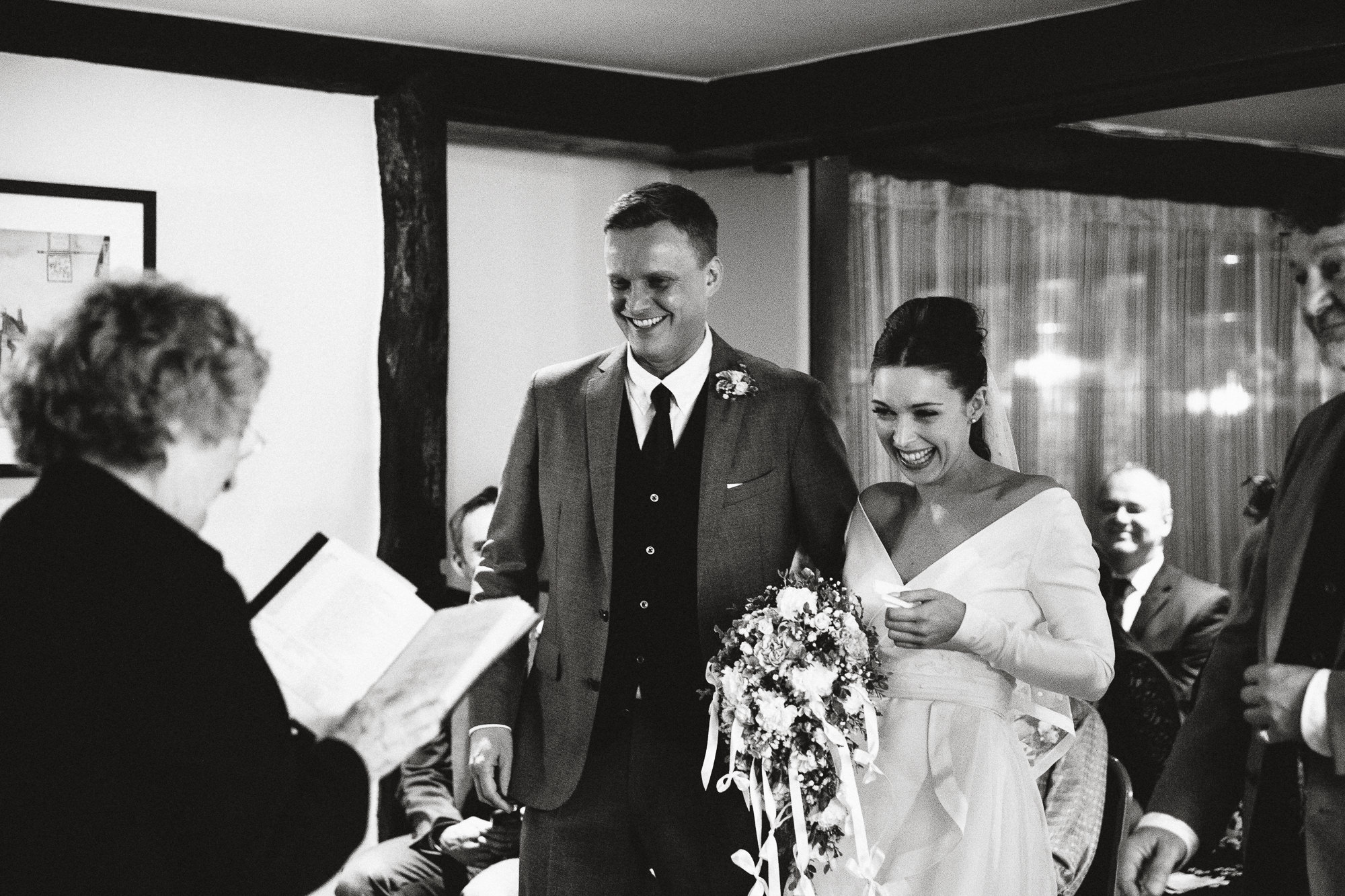 the-george-inn-alfriston-wedding-41-of-124
