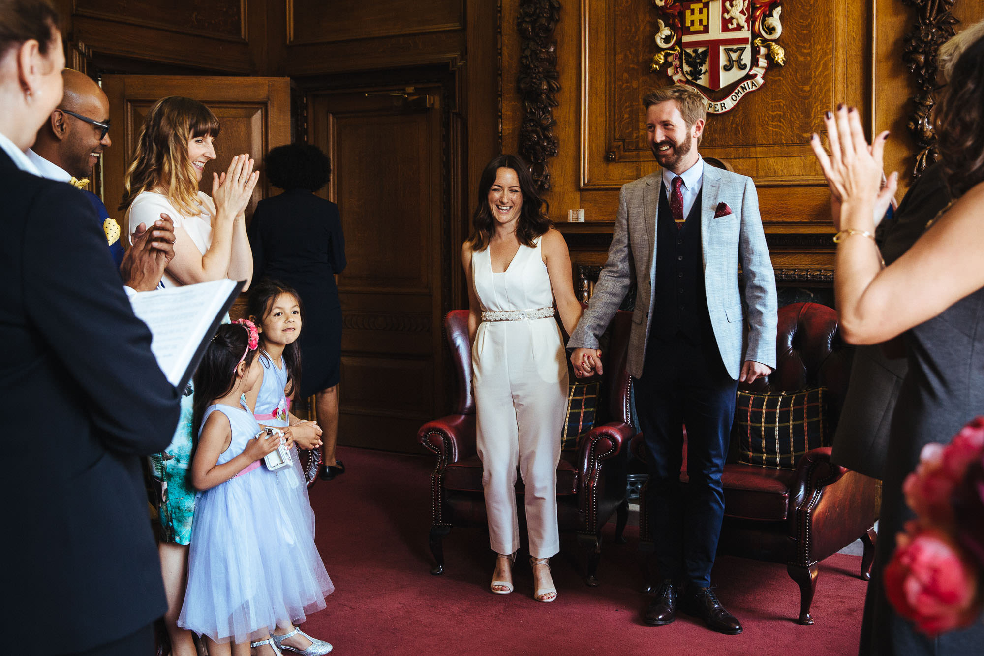 Mayor's-Parlour-Islington-Town-Hall-Wedding-003