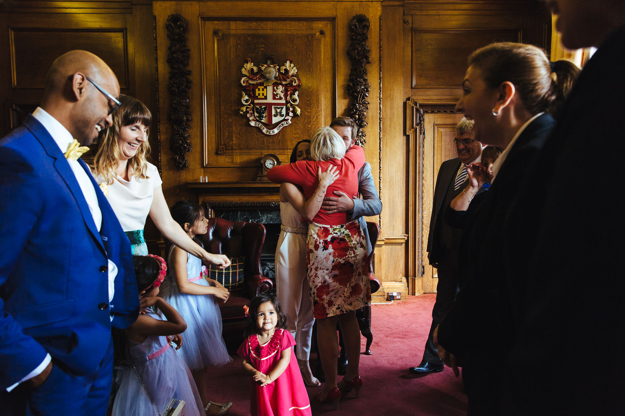 Mayor's-Parlour-Islington-Town-Hall-Wedding-011