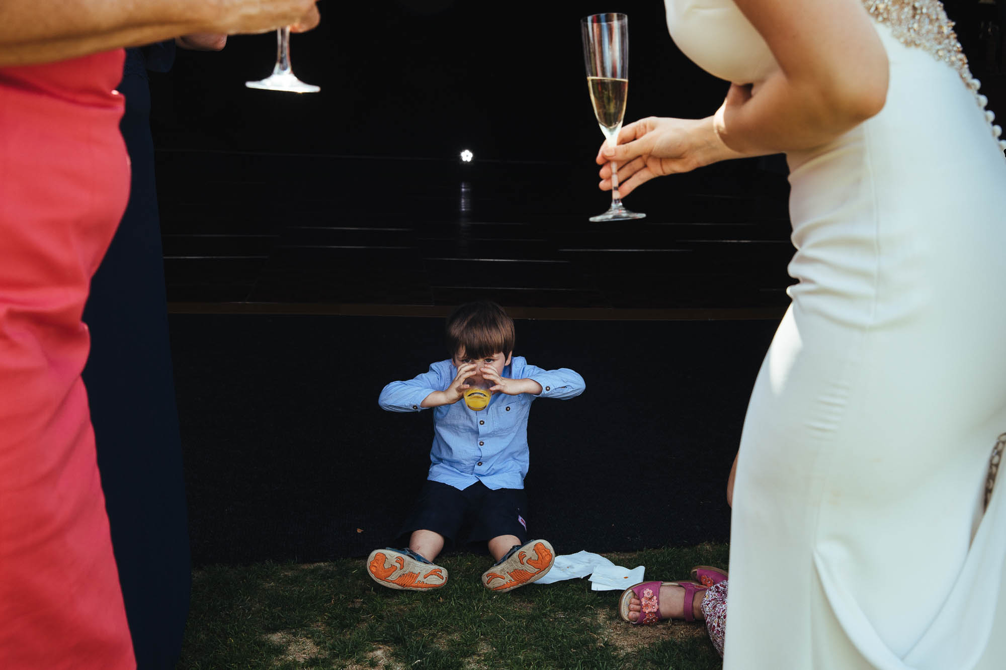 champagne reception at outdoor wedding